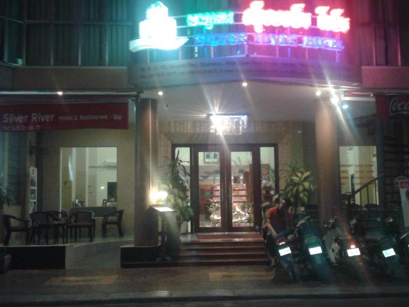 silver river hotel phnom penh